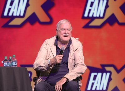 John Cleese is very entertained that the audience at FanX19 is the 2nd largest he has had, that wasn't Republican. Photo: @Lmsorenson