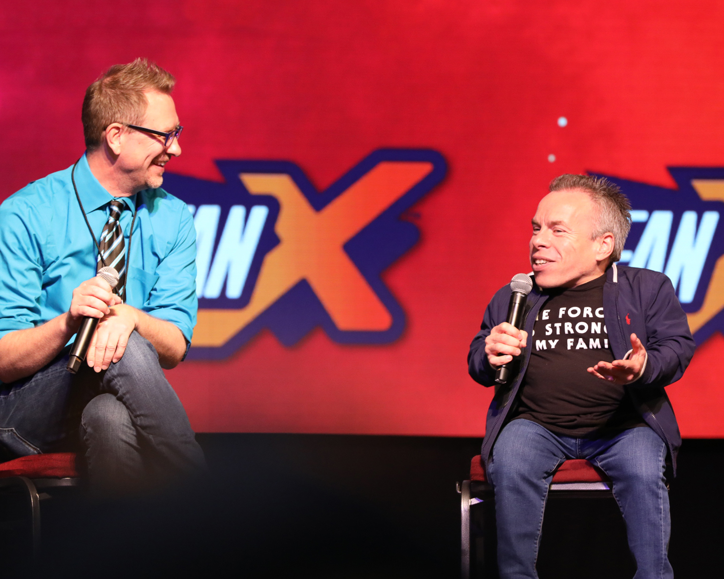 Actor Warwick Davis discusses acting, his first roles and fan favorite, Willow, with MC Chris Provost. Photo: @Lmsorenson
