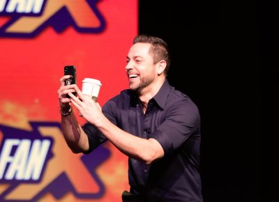 Zachary Levi of SHAZAM! Live streaming his entrance to the stage on Instagram. Photo: @Lmsorenson