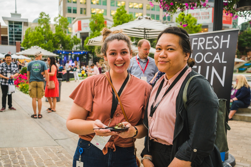 (L–R) Katy Rackham and Racheal Khotalk about their favorite dishes of the day.