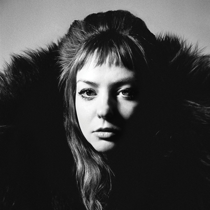 Review: Angel Olsen – All Mirrors