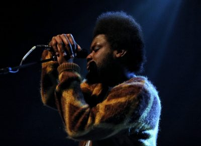 U.K.-based singer/songwriter Michael Kiwanuka on stage in Salt Lake City.
