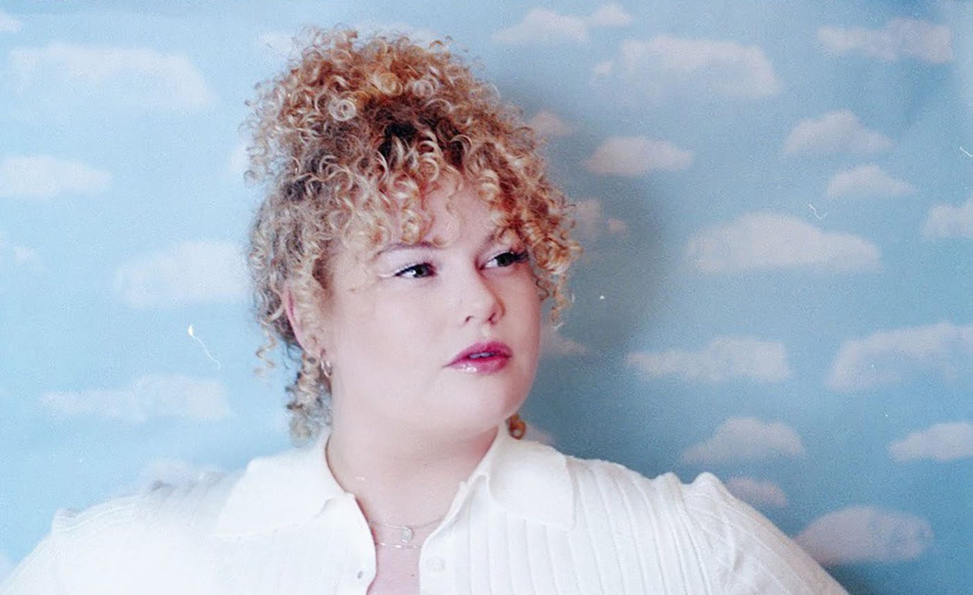 With a set of stunning, curly blonde locks, a colorful pastel sweater and a Fender Starcaster in hand, Cherry Thomas has opened a dialogue in Salt Lake around R&B, soul and what that looks like for a modern-day woman.