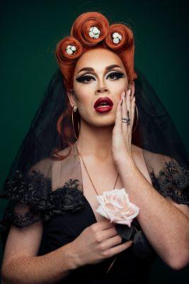 Rose Nylon in stunning elegance (2 of 3). Photo: Ben Morgan Photography