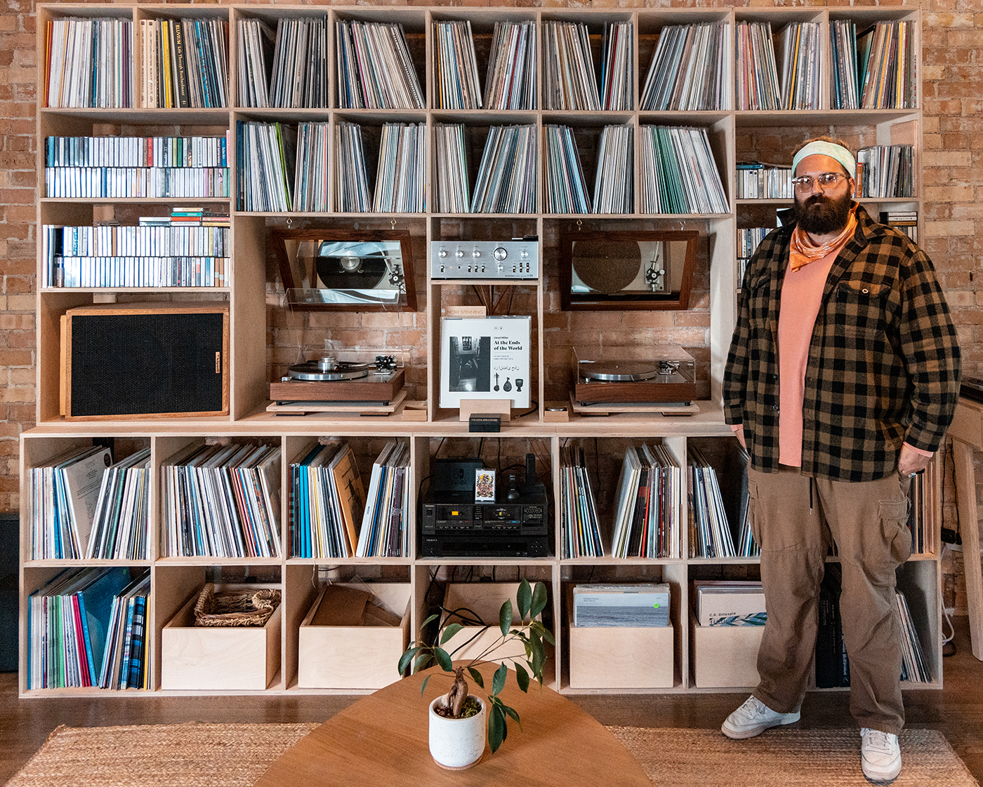 With Peasantries + Pleasantries, Parker Yates offers a highly curated selection of records specializing in minimalism, new age and environmental sounds.