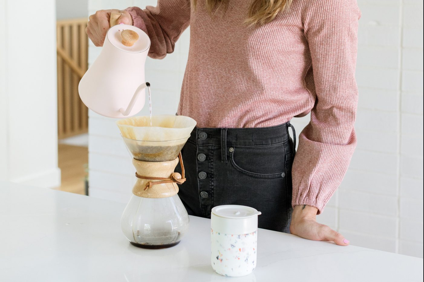 Wave Coffee offers a to-your-door coffee-bean subscription service, stocking customers with high-quality brew without any hassle.