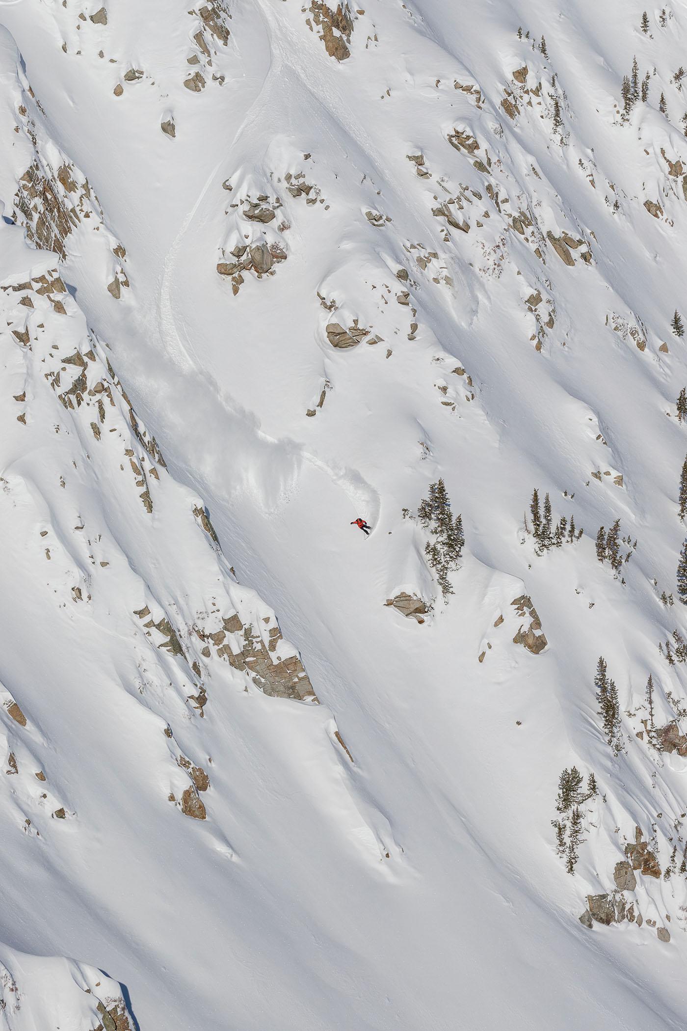 Griffin Siebert – Frontside Slash – Little Cottonwood Canyon, Utah. Photo: @wjackdawe