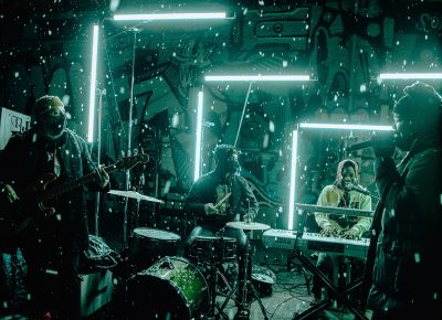 The neon lights made for a cool combination with the snow for Joshy's set.