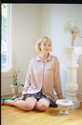 Hannah Ruth situates her styling at the intersection of vintage, Victorian and modern trends.