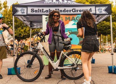 1st place e-bike winner Nkenna Onuwuzuruoha receives her prize!