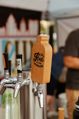 A Hans Kombucha tap offered a non-alcoholic option for 2021 Brewstillery attendees.