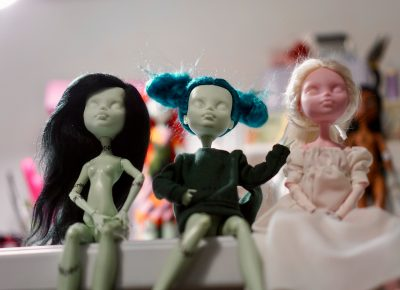 Pop culture references and creepy cuties galore in ScarabDolls creations.